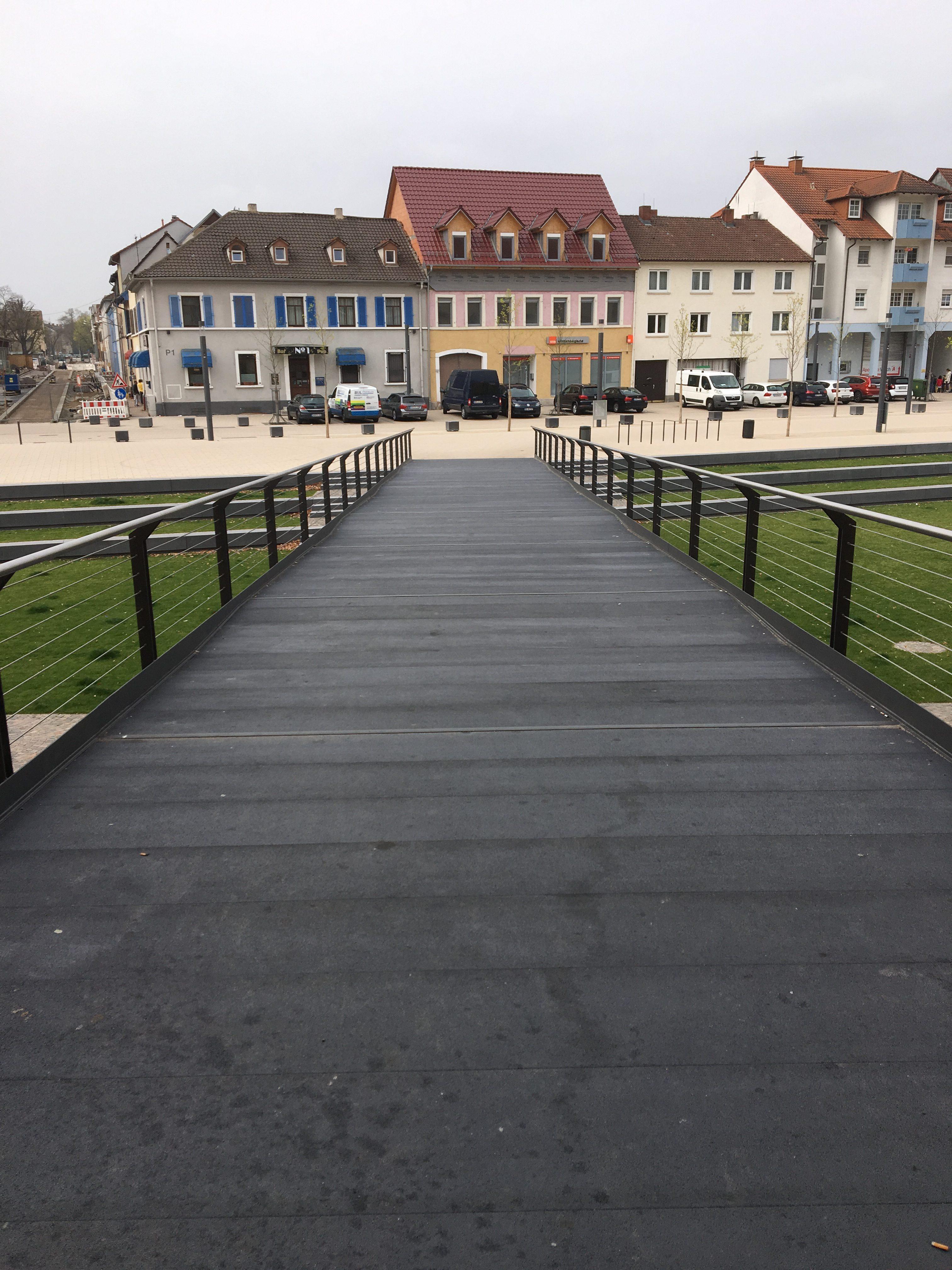 Brug op het paradeplein - GVK brugdekplank